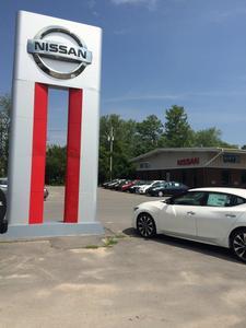 Huttig Nissan of Plattsburgh Image 4
