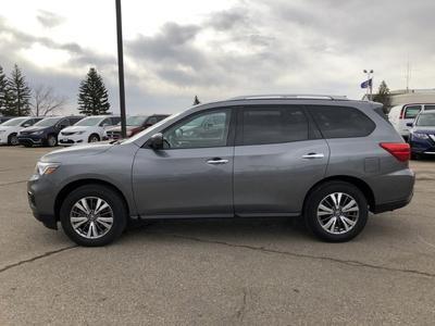 Nissan Pathfinder 2020 for Sale in Minot, ND