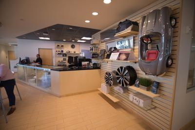 Mercedes-Benz of Bellevue Image 1