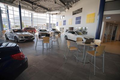 Mercedes-Benz of Bellevue Image 2