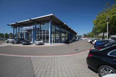 Mercedes-Benz of Bellevue Image 6
