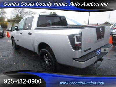 Nissan Titan 2012 for Sale in Pittsburg, CA