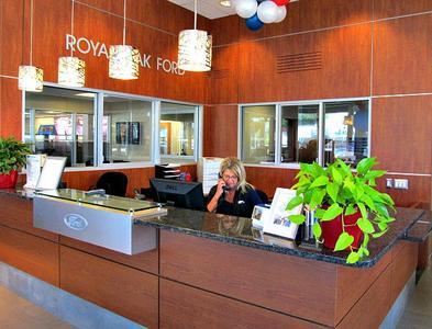 Royal Oak Ford Image 2