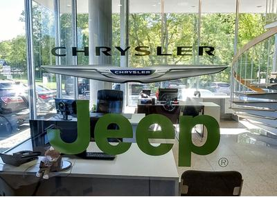 Freehold Chrysler Jeep Image 3