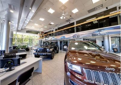 Freehold Chrysler Jeep Image 5