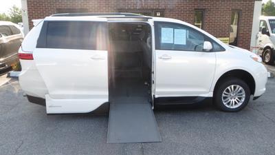 Toyota Sienna 2016 for Sale in Chesapeake, VA