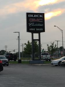 Arnie Bauer Buick GMC Image 3