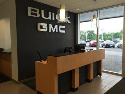 Arnie Bauer Buick GMC Image 5