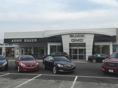 Arnie Bauer Buick GMC Image 6