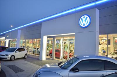 Lunde's Peoria Volkswagen Image 7
