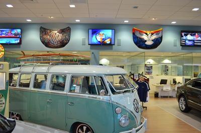 Lunde's Peoria Volkswagen Image 8