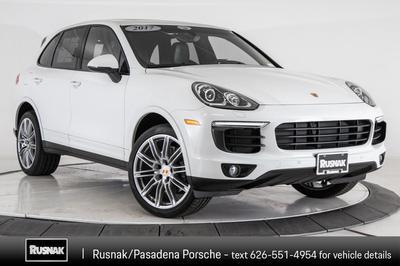 Porsche Cayenne 2017 for Sale in Pasadena, CA