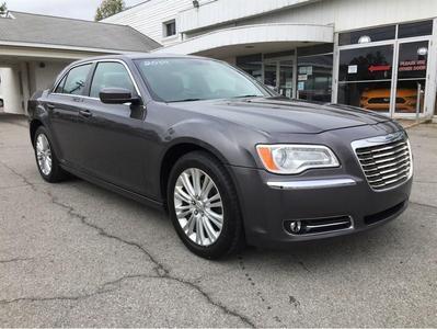 Chrysler 300 2014 for Sale in Sarver, PA