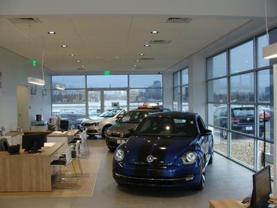 Volkswagen Jaguar Cadillac of Hartford Image 2