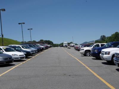 Spruce Pine Chevrolet GMC Image 4