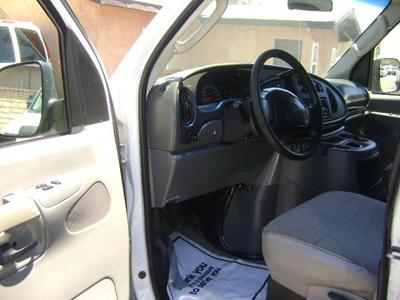 Ford E350 Super Duty 2003 for Sale in Corona, CA