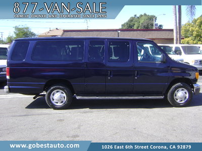Ford E350 Super Duty 2004 for Sale in Corona, CA