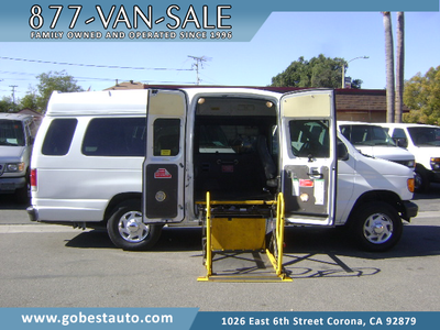Ford E350 Super Duty 2006 for Sale in Corona, CA