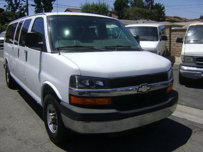 Chevrolet Express 3500 2009 for Sale in Corona, CA