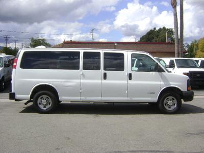 Chevrolet Express 3500 2003 for Sale in Corona, CA