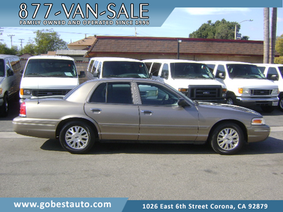 Ford Crown Victoria 2005 for Sale in Corona, CA