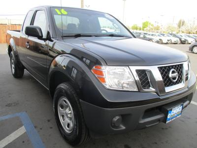 Nissan Frontier 2016 for Sale in Sacramento, CA