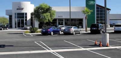 Royal Jaguar-Land Rover Tucson Image 2