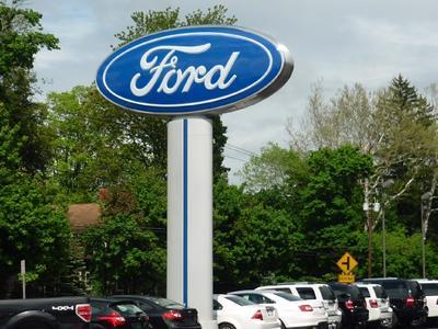 Royal Ford Image 6