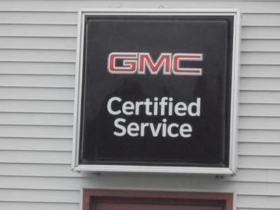 Larkins GMC, Inc. Image 1