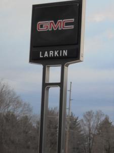 Larkins GMC, Inc. Image 9