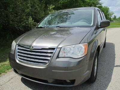 2010 Chrysler Town & Country Touring image