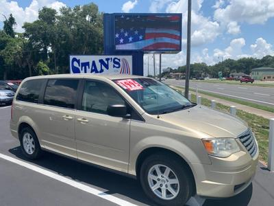 Chrysler Town & Country 2010 for Sale in Leesburg, FL