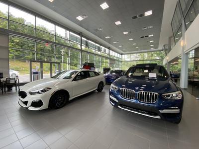 BMW of Ridgefield Image 5