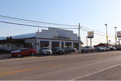 Kunes Chevrolet & Chrysler Dodge Jeep Ram of Morrison Image 3
