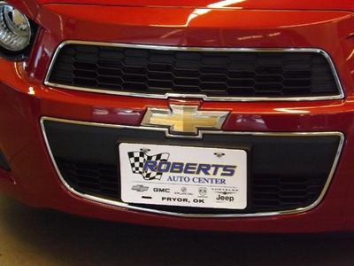 Roberts Auto Center Image 2