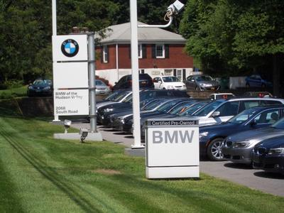 BMW of the Hudson Valley Image 5