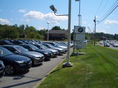 BMW of the Hudson Valley Image 7
