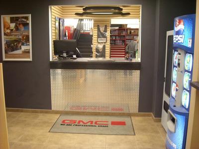 Charbonneau Car Center Image 5