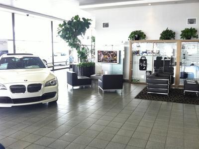 BMW of Monterey Image 4