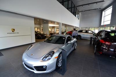 Porsche Norwell Image 3