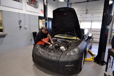 Porsche Norwell Image 4