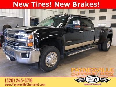 Chevrolet Silverado 3500 2015 for Sale in Paynesville, MN