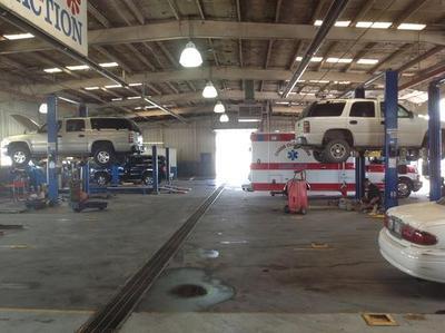 Longbine Auto Plaza Image 7