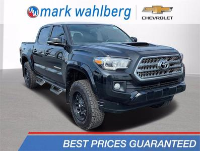 Toyota Tacoma 2017 for Sale in Columbus, OH