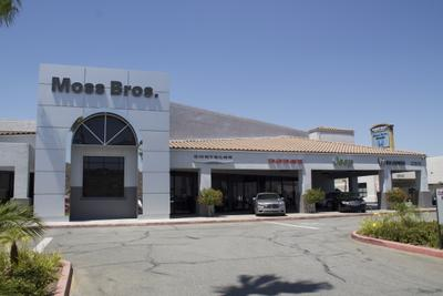 Moss Bros. Chrysler Jeep Dodge of Moreno Valley Image 2