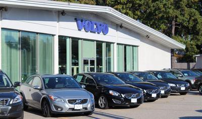 Lovering Volvo Cars Concord/Lovering Mitsubishi Image 1