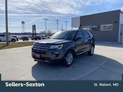 Ford Explorer 2018 for Sale in Saint Robert, MO