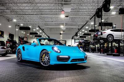 Porsche North Houston Image 1