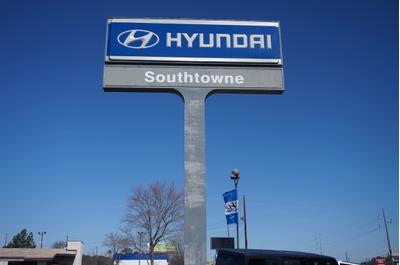 Southtowne Hyundai Riverdale Image 6