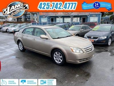 Toyota Avalon 2005 for Sale in Lynnwood, WA